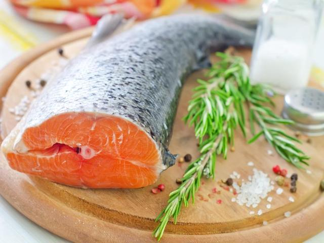 Eat fat get slim 5 easy steps to lose weight for Sole fish nutrition