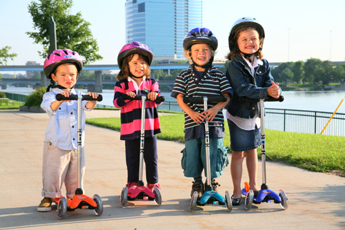 10 Best Three Wheel Scooters For Kids Reviews (Updated Feb, 2021)