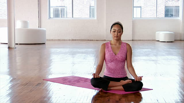 Things to Keep in Mind While Doing Yoga After Pregnancy