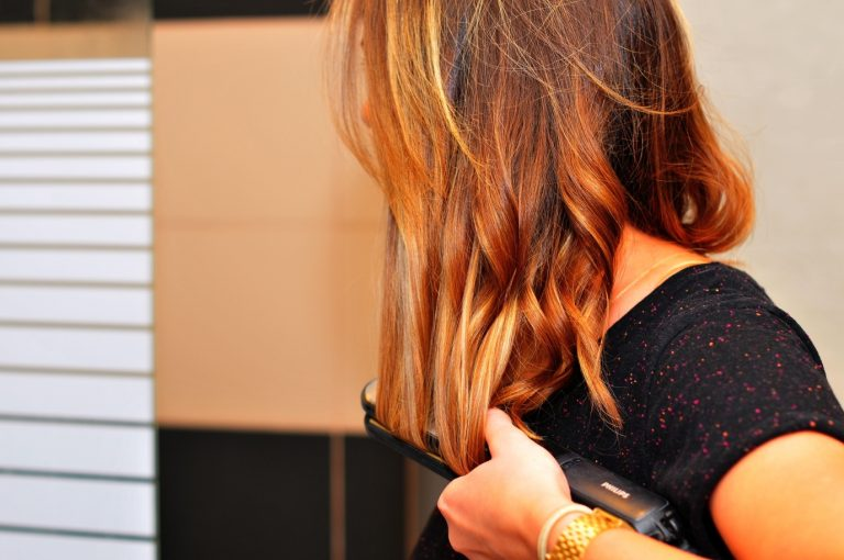Why You Should Choose A Perfect Ceramic Flat Iron?