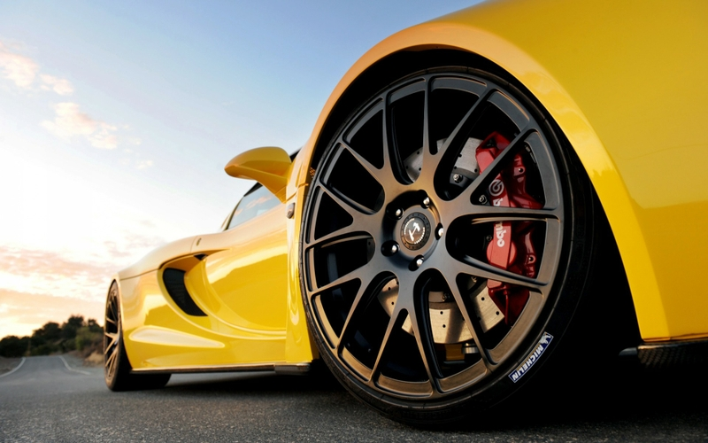 When to Replace Rims of Car?
