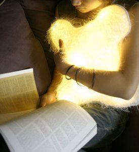 d°light Huggable pillow light