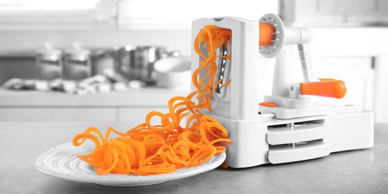 6 Best Spiral Vegetable Slicer – Buyer Guide 2021