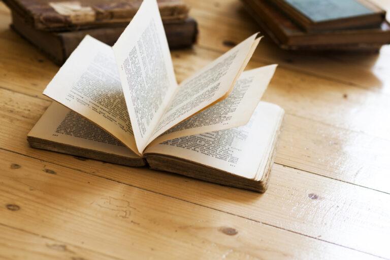 5 Essential Books for Aspiring Writers