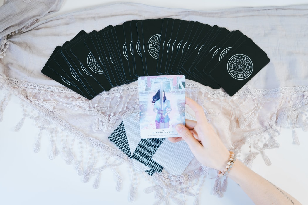et a Relationship Tarot Card Reading